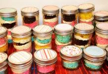 cake in jars