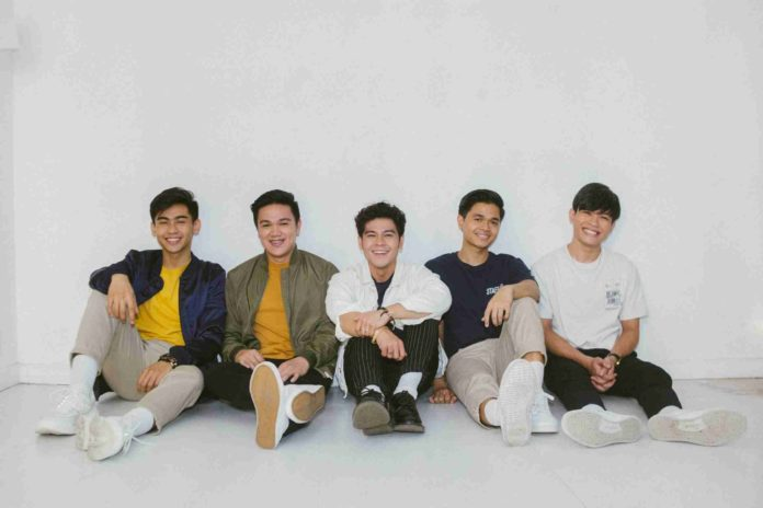 The Juans fill Shangri-La Plaza with their mellow hits this March 2020-Bravo Filipino