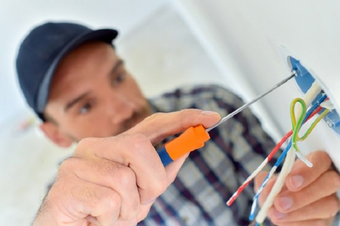 Qualities that Every Skilled and Accredited Electrician should have